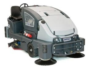 COMBINATION SWEEPER / SCRUBBER-DRYERS