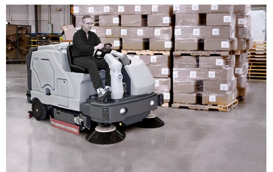 SC8000 Combination Sweeper / Scrubber-Dryer - in action